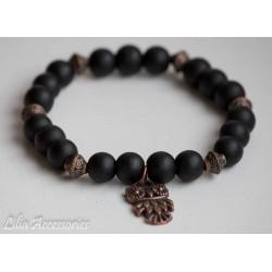 Náramek z černých korálků s...